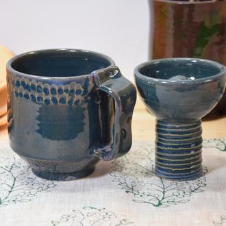Чашка болотного цвета