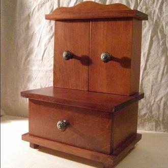 Комодик-шкафчик с зеркалами