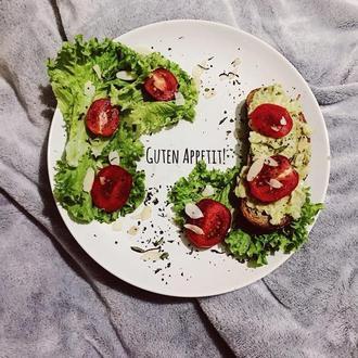 """Тарелка с надписью """"Приятного аппетита"""" на немецком языке"""