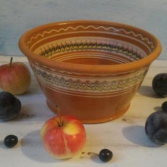 Салатник, гончарная керамика