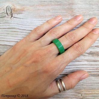 Кольцо из ювелирной смолы.