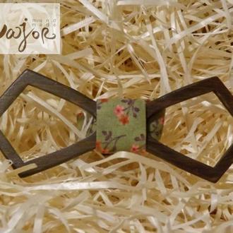 Деревянная бабочка Ретро резная зелёная в цветочный принт