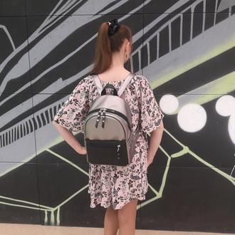 Красивый модный женский рюкзак серебро с черный