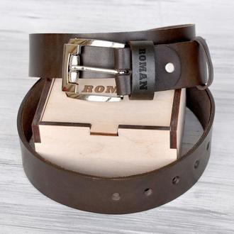 Кожаный именной ремень с гравировкой, серебярянная пряжка