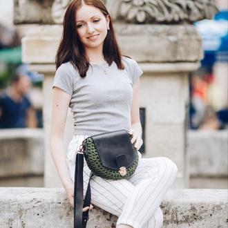 Женская сумка из трикотажной пряжи