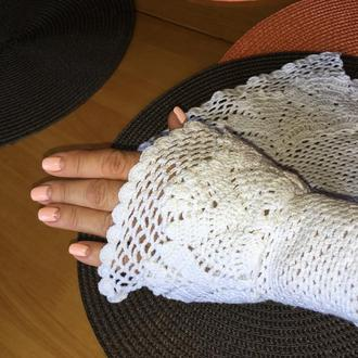 Вязанные кружевные манжеты- митенки