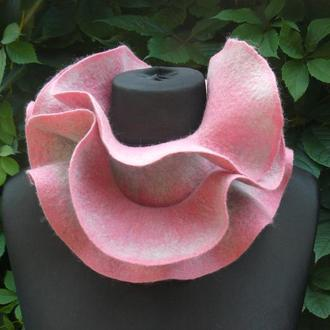 Шарф-горжетка, валяный шарф с воланами, розовый шарфик
