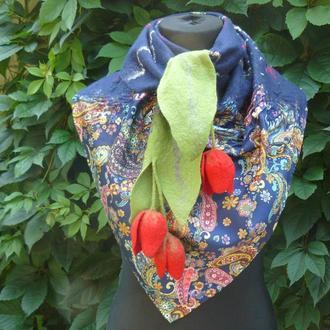 Валяный шарф бактус с цветами
