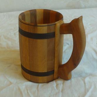 Кружка для пива из дерева
