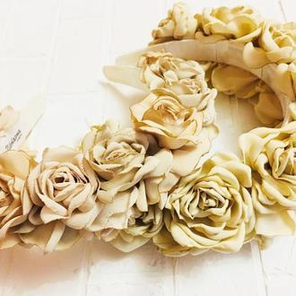 """Обруч для волос """"Бежевые розы"""""""