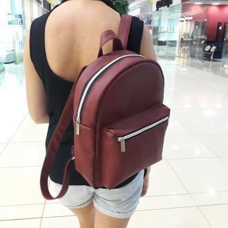 Красивый женский рюкзак бордо