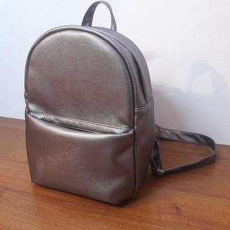 Красивый женский рюкзак металик