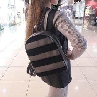 Классный и красивый женский рюкзак