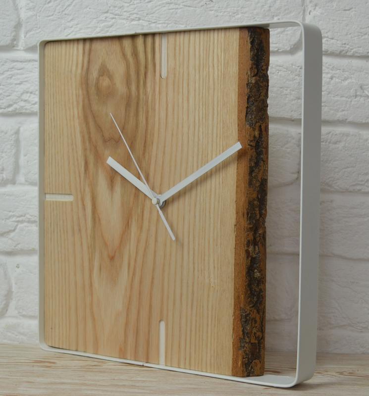 Стильный современный дизайн. Часы в стиле Loft.