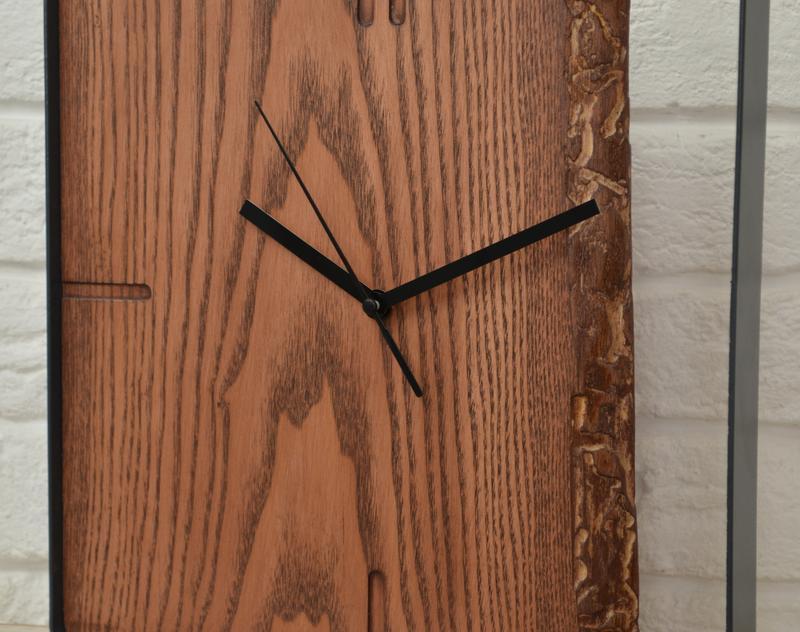 Дизайнерские часы в стиле LOFT.