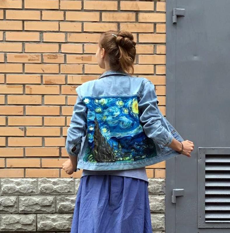 Джинсова куртка з ручним розписом