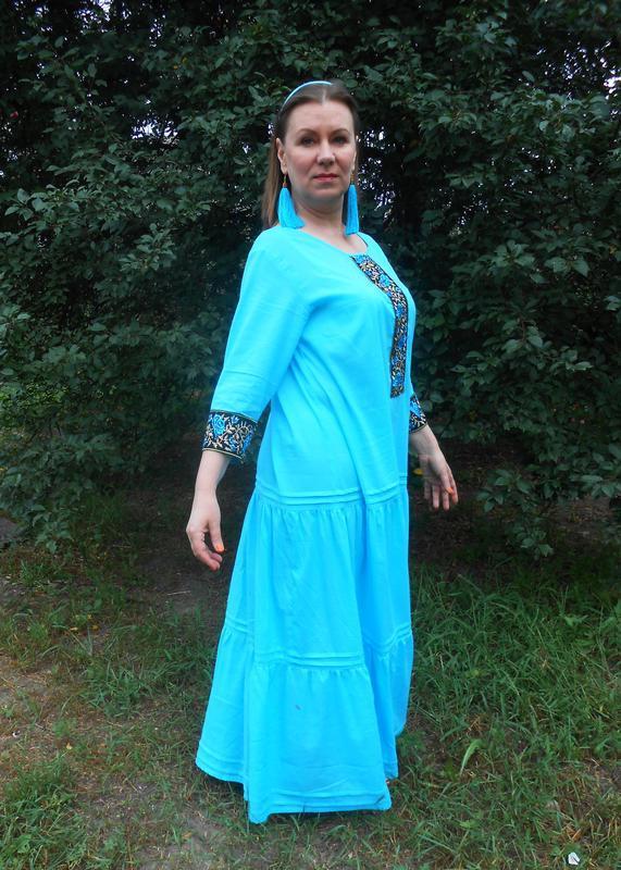 Платье бохо с вышитыми фрагментами длинное хлопковое. Размер 50