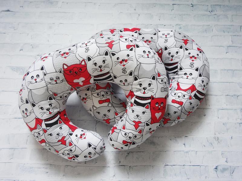 Дорожная подушка на шею - коты