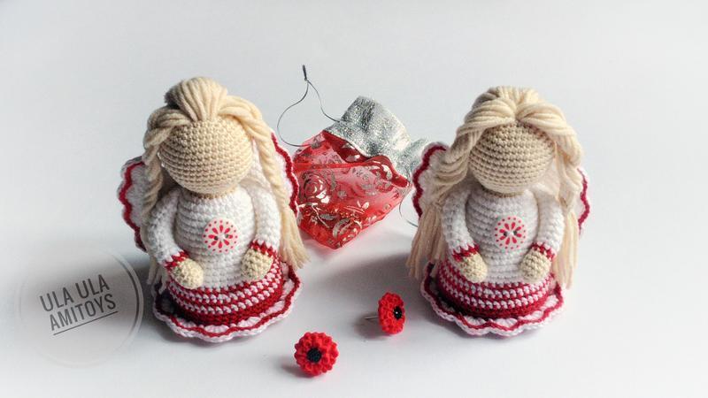 Ангел в бело-красном платье