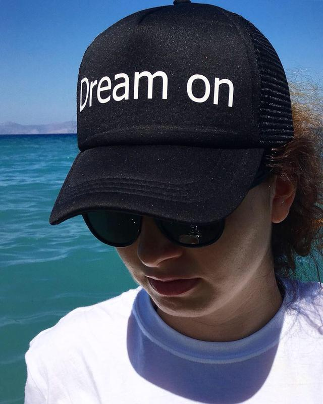 Кепка с надписью «Dream on», унисекс