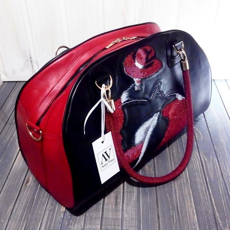 Travel сумка «Леди в шляпе» Натуральная кожа, ручная вышивка бисером, ручки  - бисерные жгуты 7f58d9f0fb4
