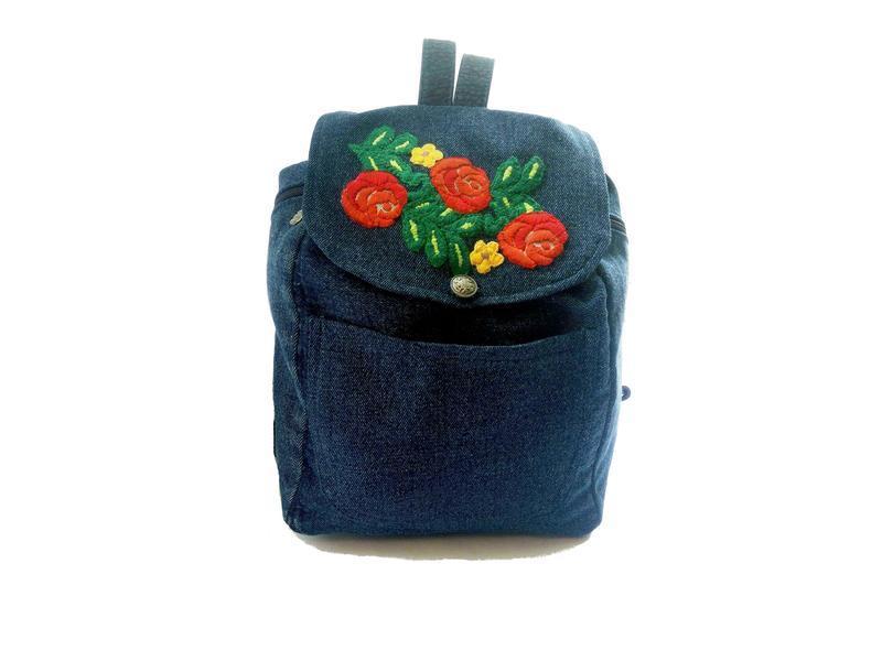 0e1b7e22d408 Уникальный джинсовый рюкзак с вышивкой ручной работы купить в ...