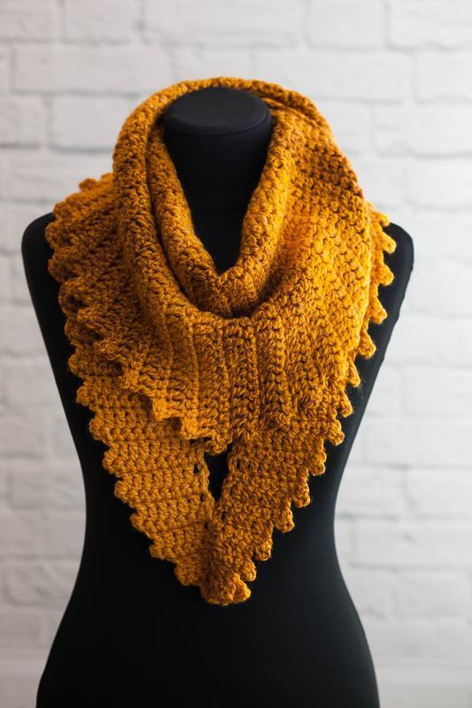 Бактус шарф крупной вязки горчично желтый