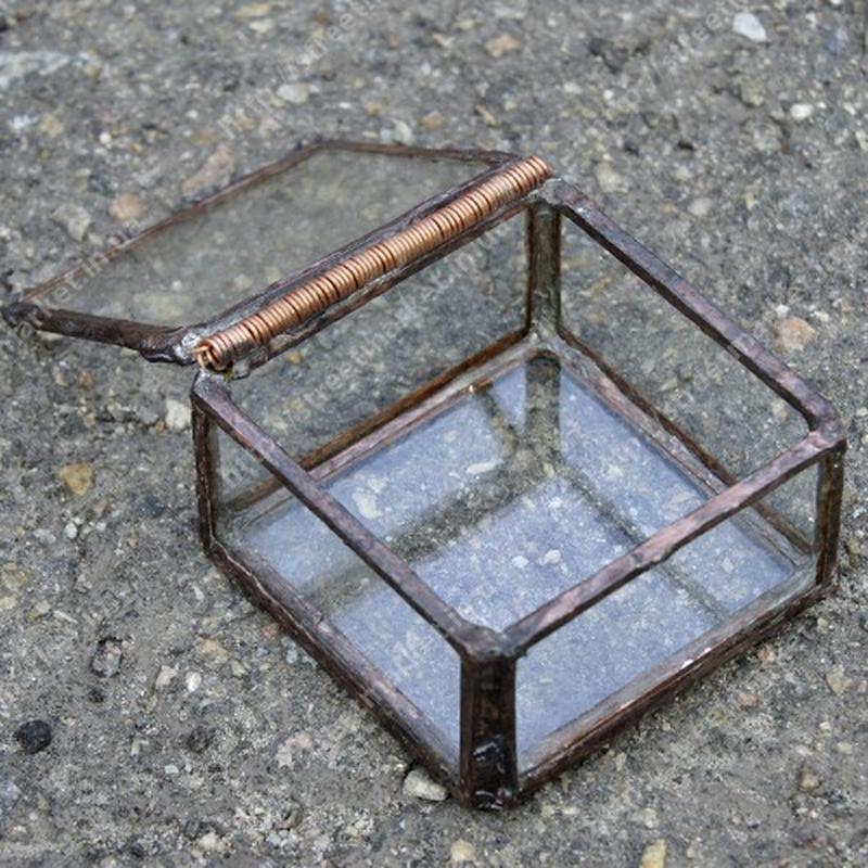Стеклянная шкатулка для обручальных колец 80х80х45 мм