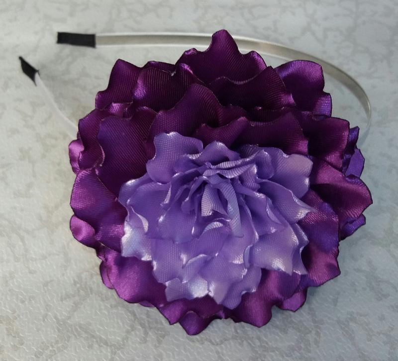 Обруч с фиолетовым цветком