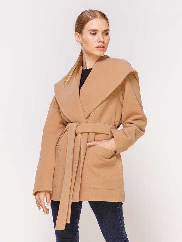 Пальто бежевое с капюшоном