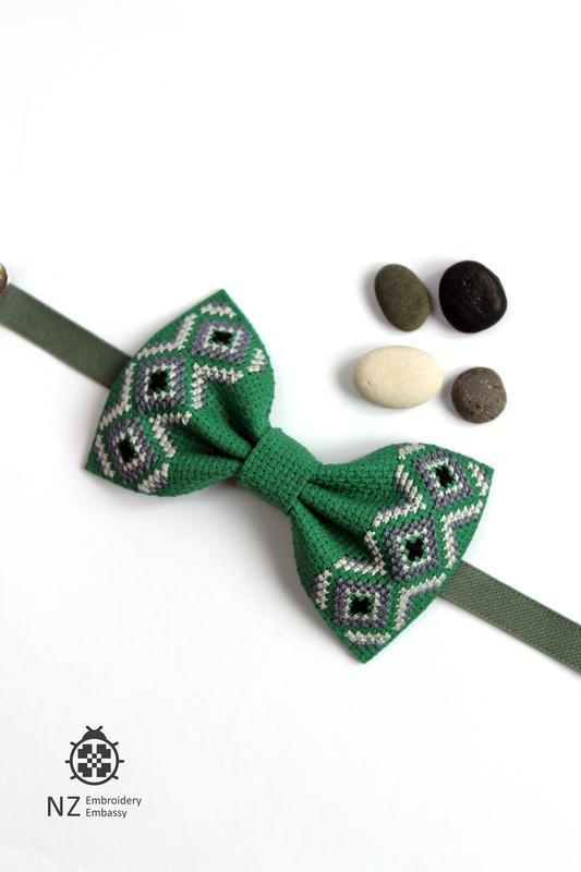 Вишитий метелик Green stone