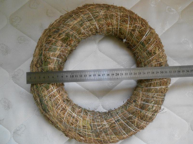 Венок из сена