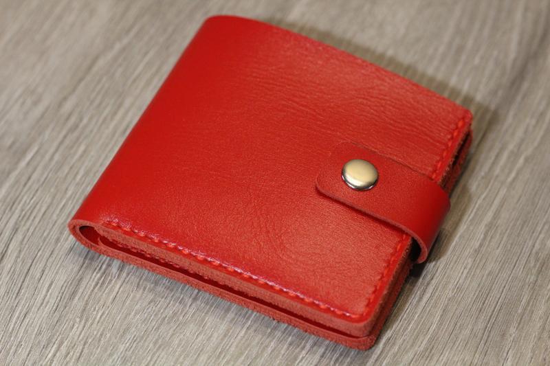 Портмоне Сlassical red.