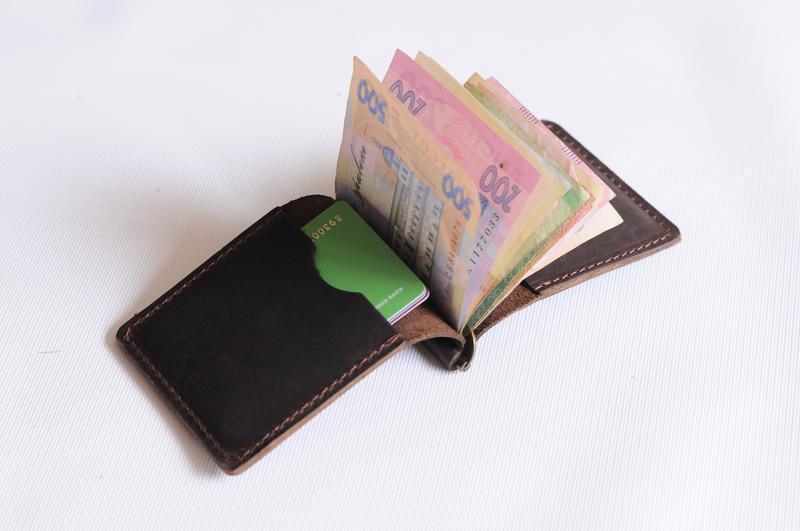 Зажим для грошей