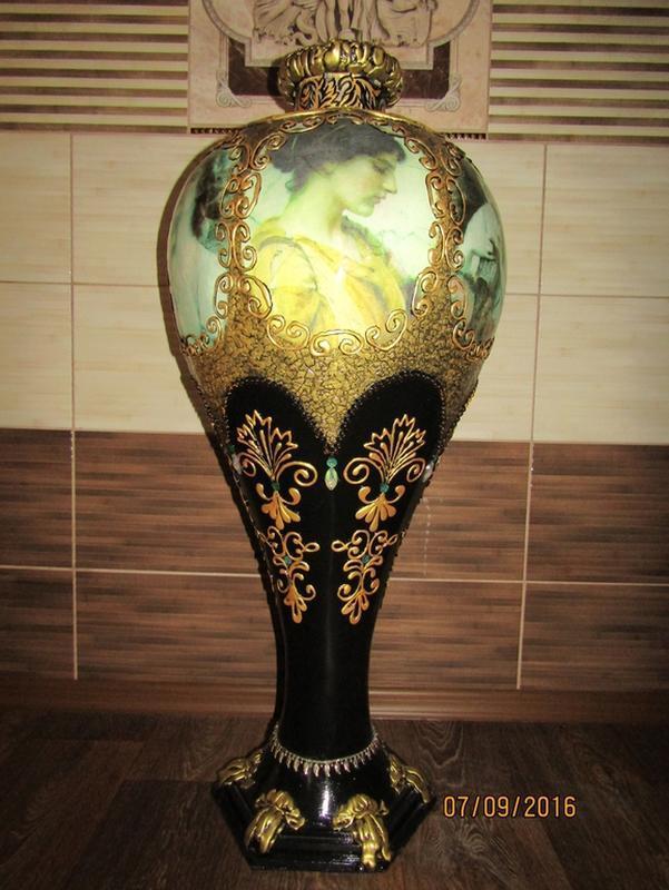 Напольная ваза ручной работы