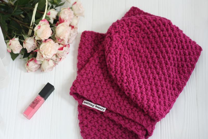 Шарф-хомут   снуд в язаний жіночий та шапка малинового кольору  вязаный  шарф-снуд и шапка 6b604bd754a52