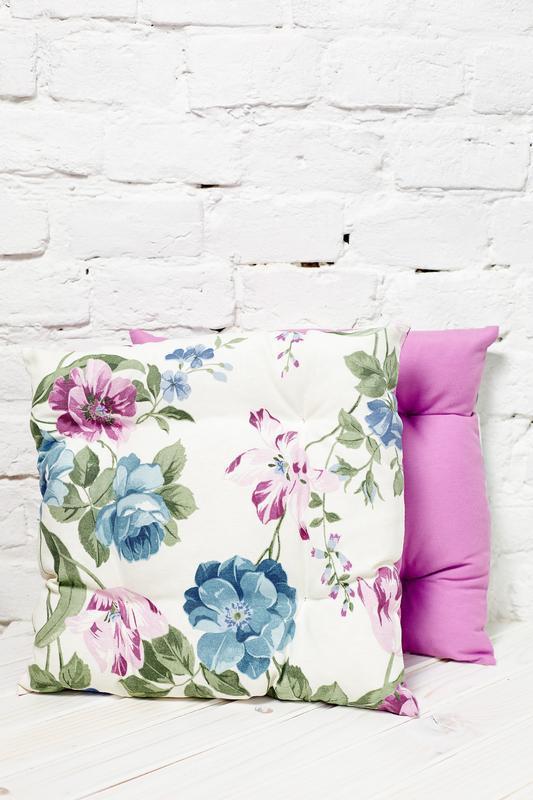 Подушка на стілець. Квадратна подушка. М'яке сидіння.