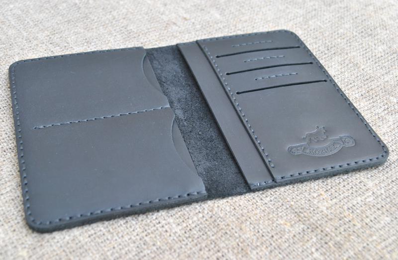 Кожаный чехол для документов D09-0