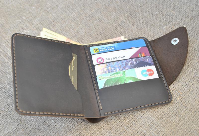 d0d7c8e5ad65 Кожаный кошелек с необычным хлястиком K89-450 ручной работы купить в ...