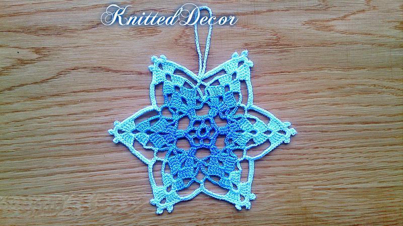 Вязаные снежинки на елку Набор вязаных снежинок Новогодние украшения