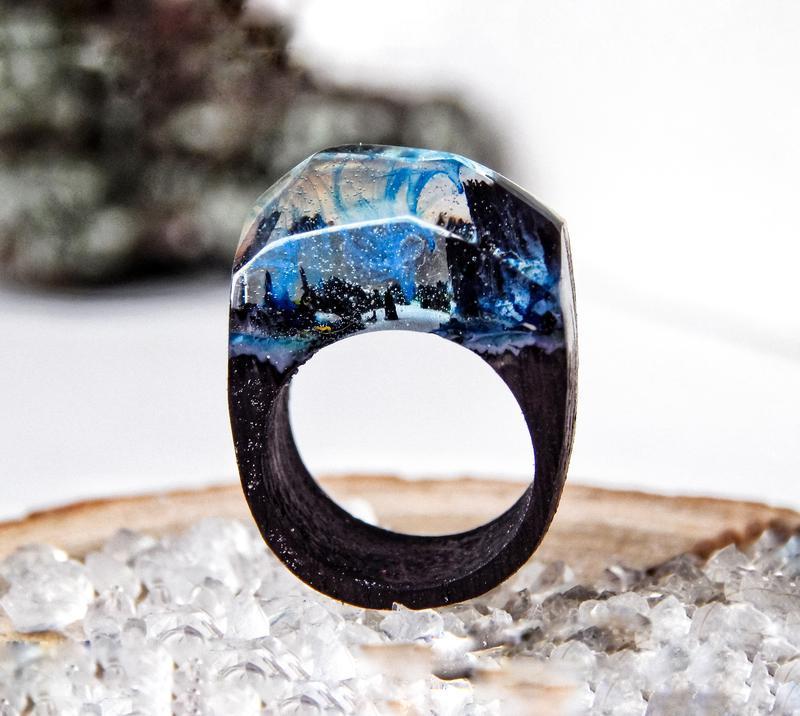 'ЗИМНЯЯ НОЧЬ', Синее кольцо из дерева и эпоксидной смолы