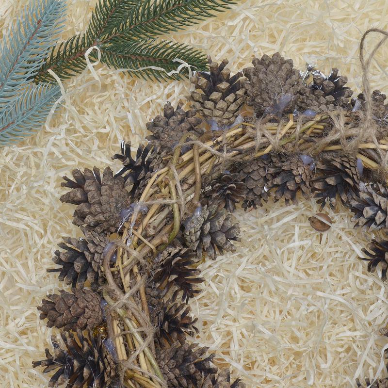 Большой рождественский венок из шишек экологический чистый продукт