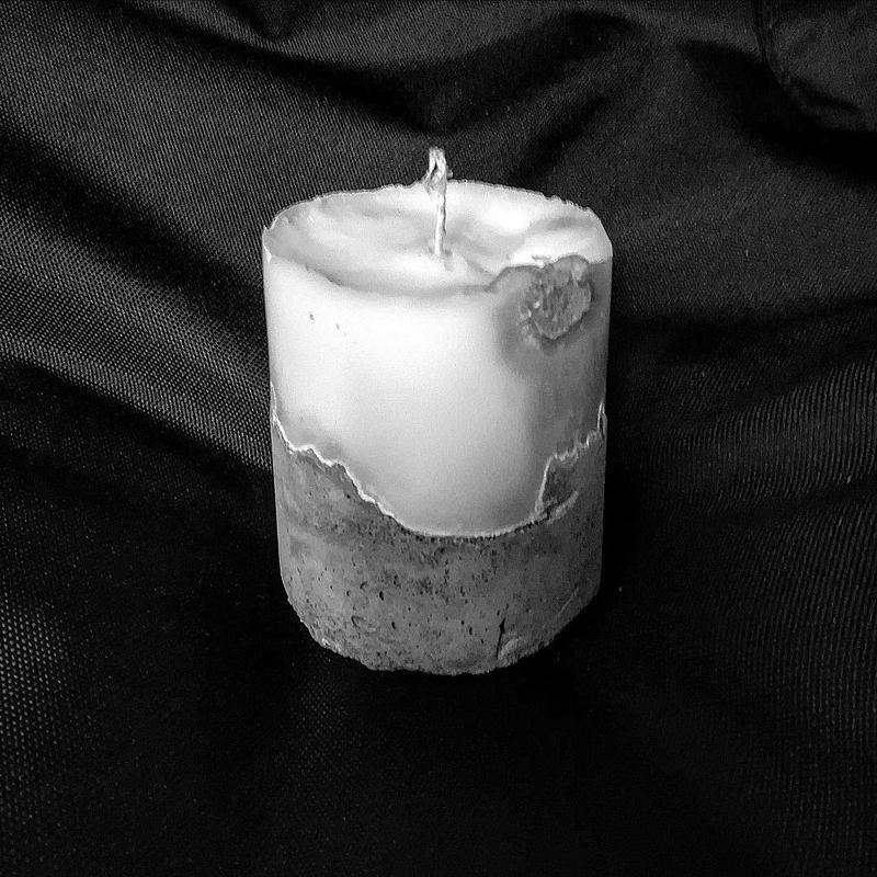 Бетонная свеча