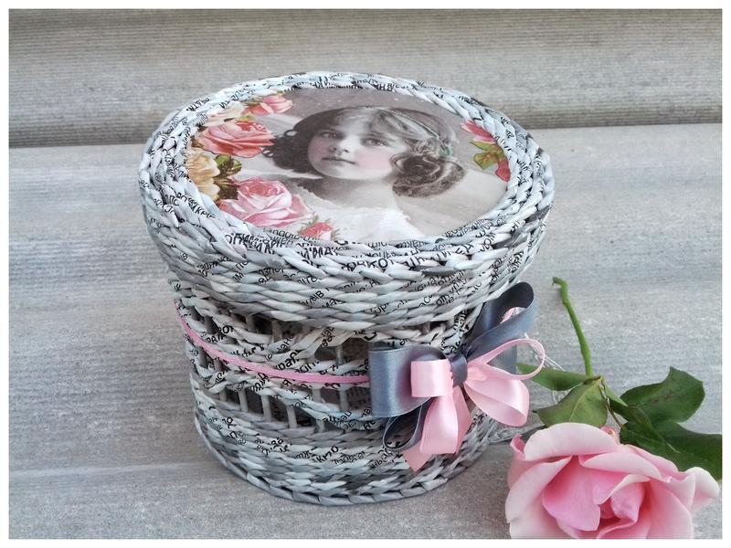 Ажурная плетеная шкатулка из бумажной лозы. Винтаж