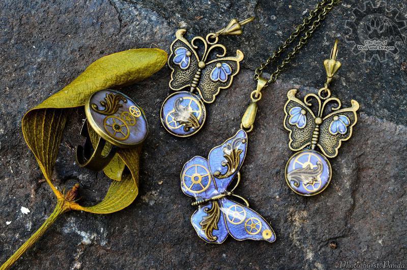Бабочки - набор украшений в стиле стимпанк в наличии (без кольца)