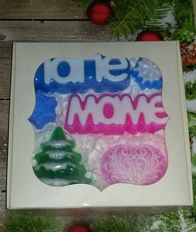 Сувенирное мыло: новогодний набор маме и папе
