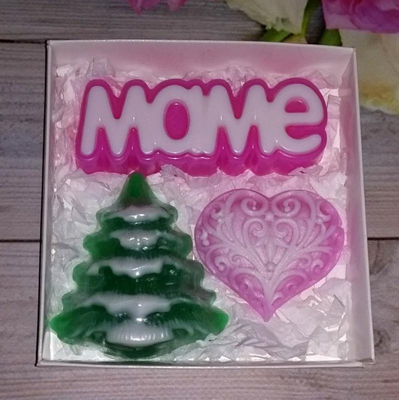Новогодний набор сувенирного мыла маме