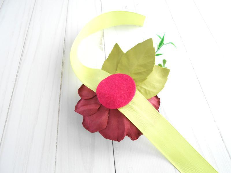 Цветочный браслет на руку Свадебное украшение с бордовой розой Браслет для подружек невесты