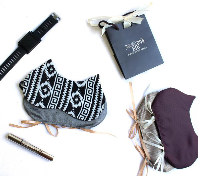 """Маска для сна Sleepy """"Волшебство линий"""" с вышивкой + чехольчик в подарок + бесплатная доставка"""