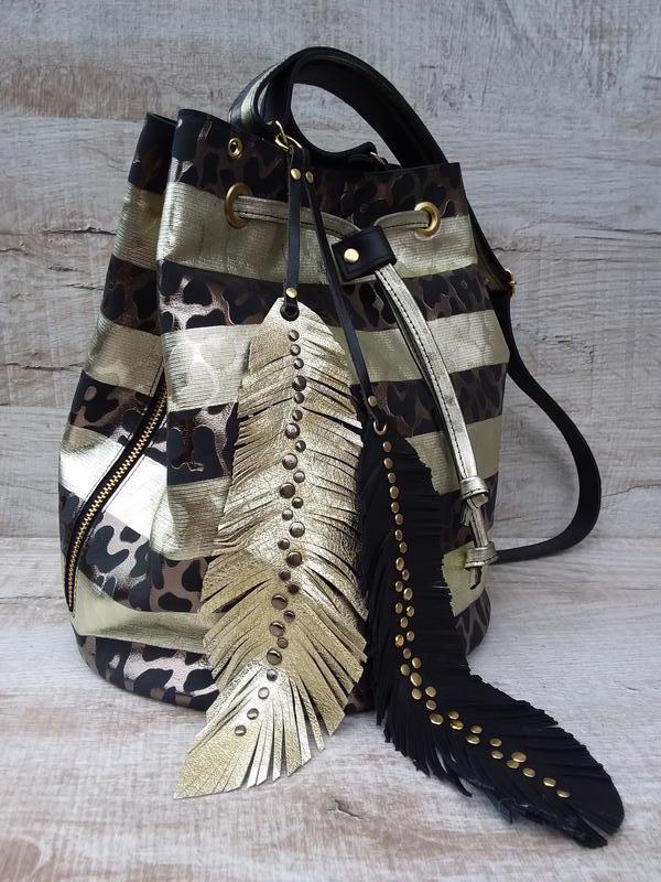ee1ba144d9a1 Натуральная кожа. Сумкаведро, сумка мешок, кисет с пером ручной ...